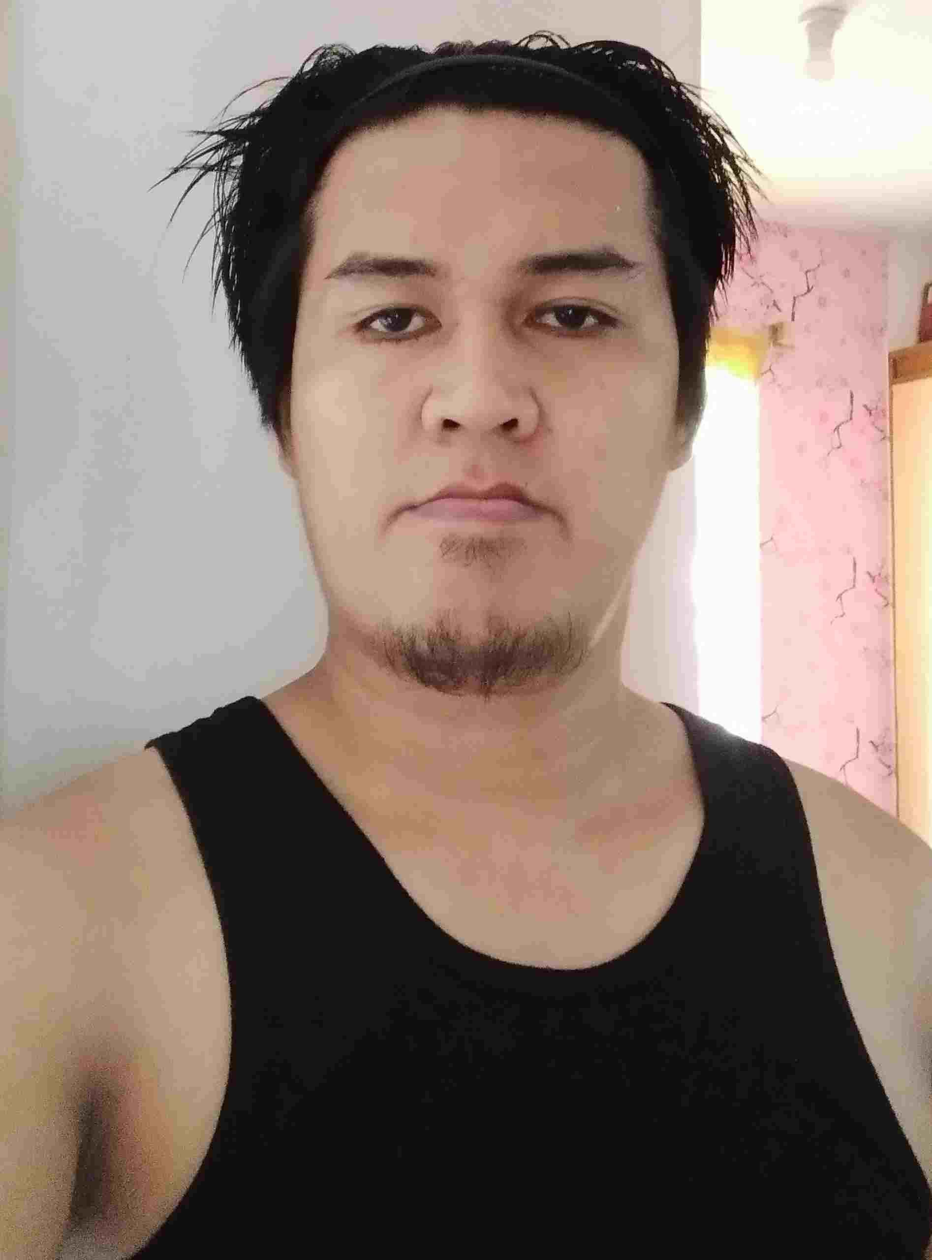 Soy Bertoldo Merino o JakeThMky, tengo 37 años, soy de Castile–La Mancha, ciudad Cuenca