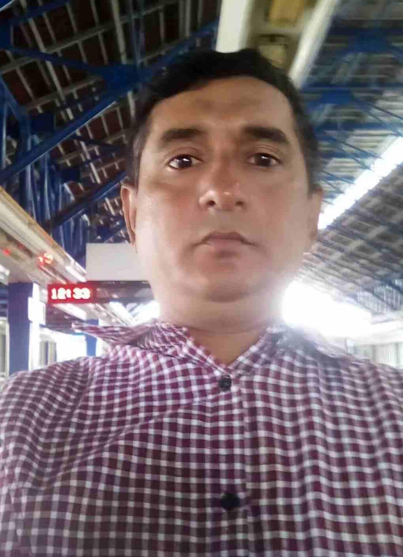 Soy Eligio Cotto o kiemarvz, tengo 40 años, soy de Catalonia, ciudad Barcelona