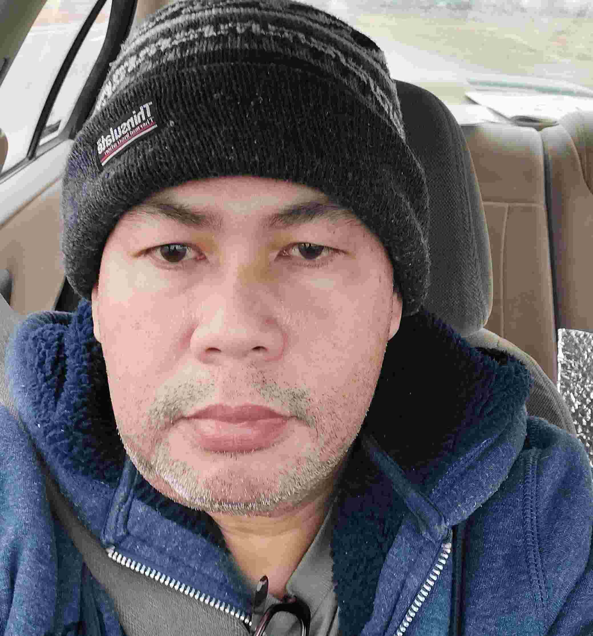Laureano Villatoro, apodo ArturoFlavio, 40 años, soy de Valencia, ciudad Requena